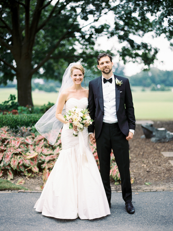 country-club-of-virginia-pale-blue-wedding-19