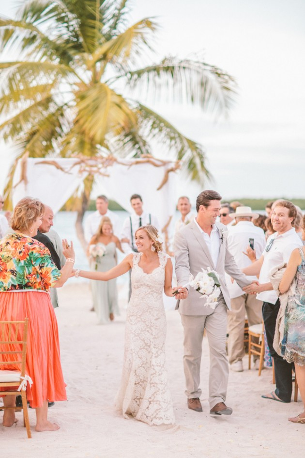 florida-keys-resort-island-beach-tropical-wedding-19