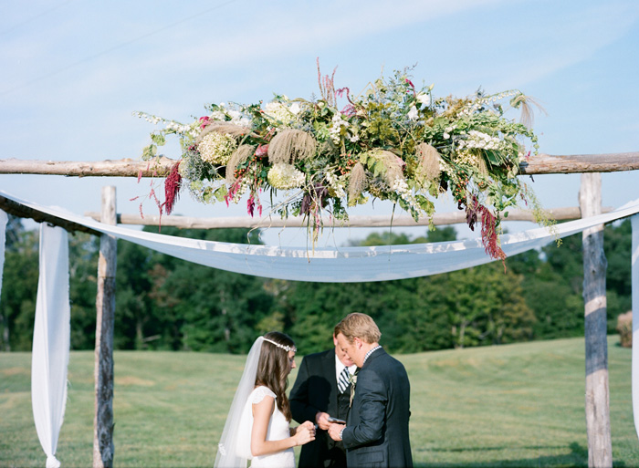 rustic-chic-farm-wedding-kentucky-8
