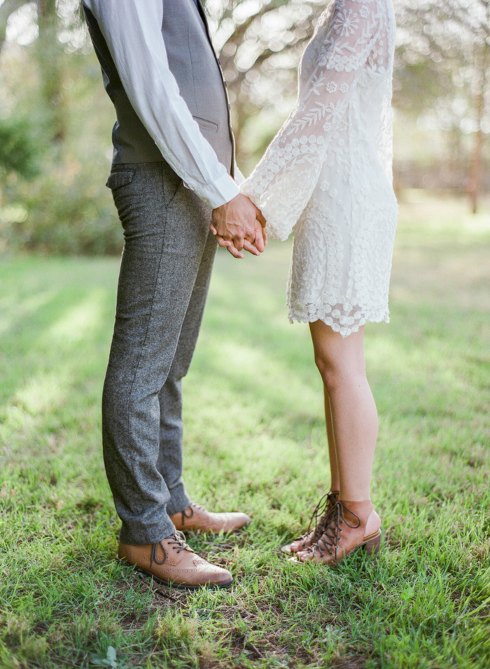 spring_BHLDN_rustic_wedding_7