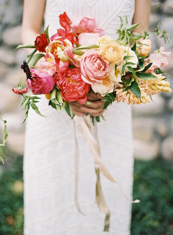 citrus_summer_inspiration-michael-radford_pink-orange-peach-flowers-5
