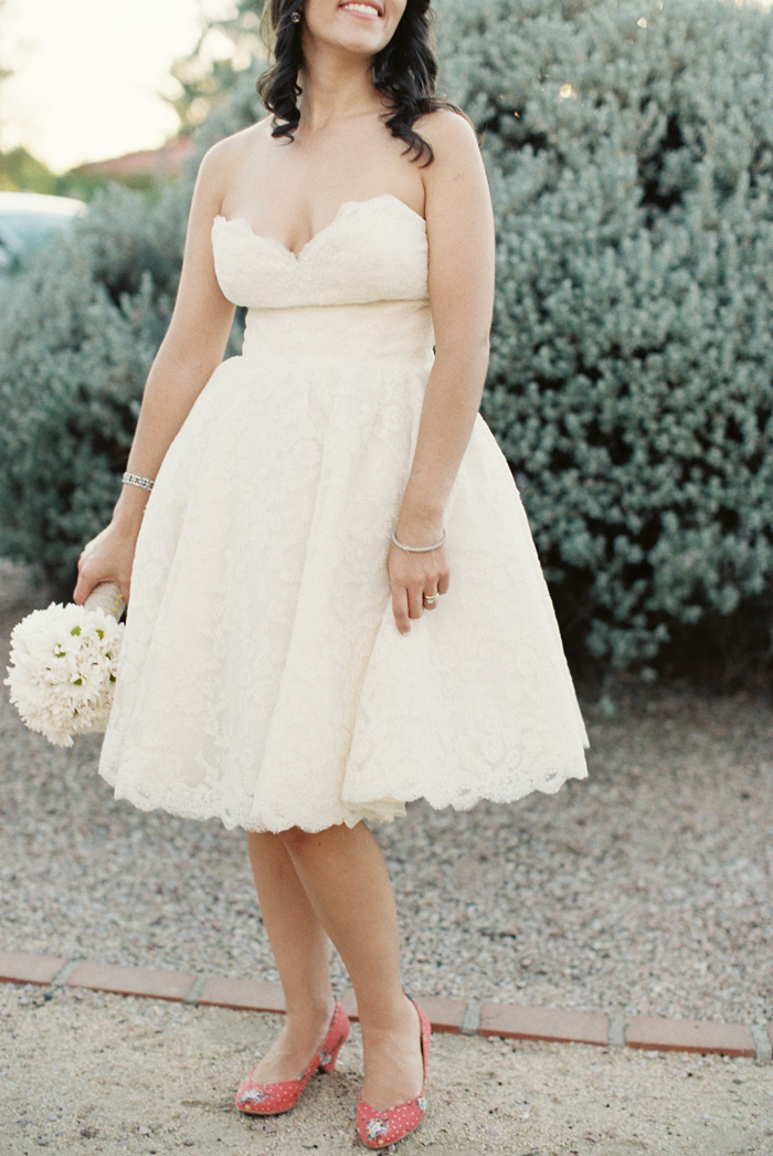 scottsdale-backyard-yellow-wedding-4