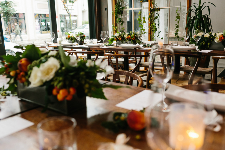 toronto-canada-modern-black-and-white-wedding-in-restaurant-brit-and-a-blonde-15