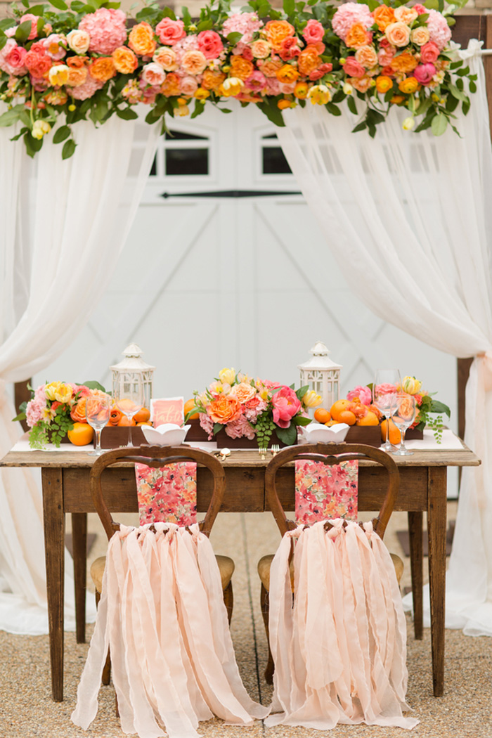 bright-orange-coral-pink-citrus-wedding-ideas-3