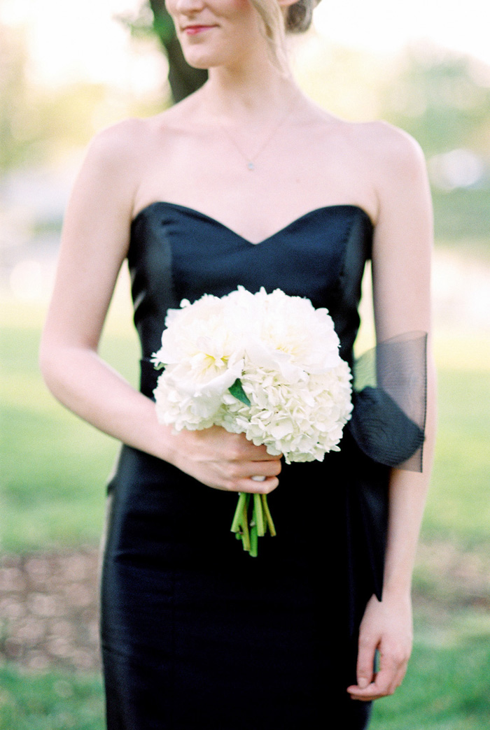 chase-park-plaza-hotel-wedding-black-and-white-modern-6