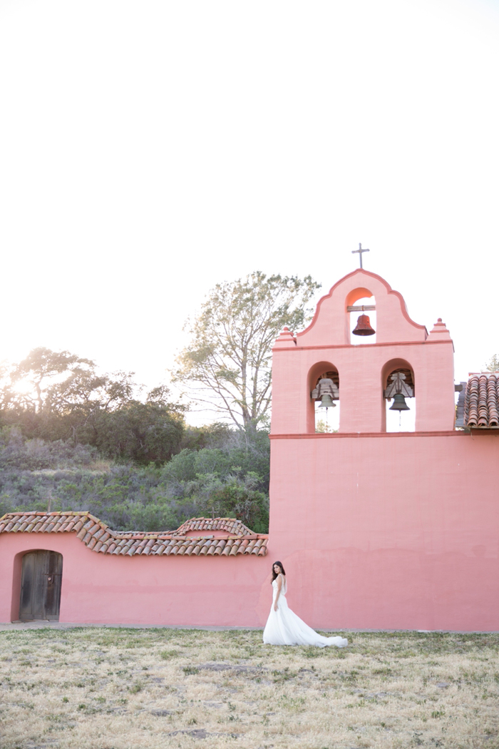 mexico-spanish-romance-blush-peach-rustic-wedding-ideas-18