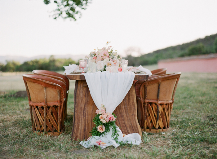 mexico-spanish-romance-blush-peach-rustic-wedding-ideas-19