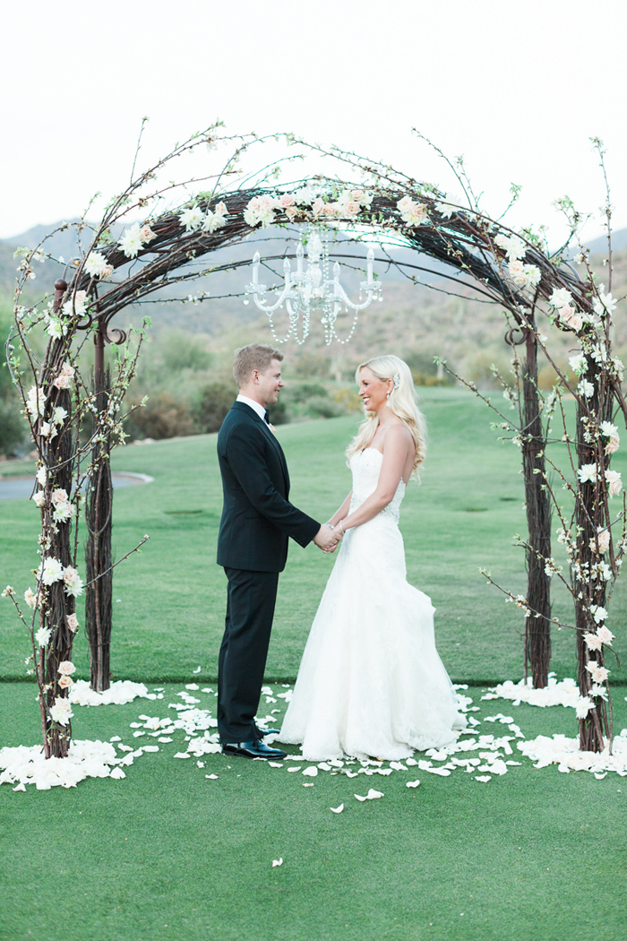 pink-gold-sequin-glam-silverleaf-club-scottsdale-arizona-wedding-13