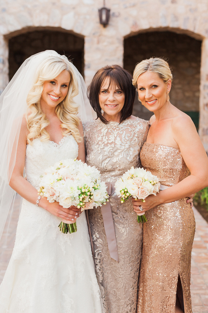 pink-gold-sequin-glam-silverleaf-club-scottsdale-arizona-wedding-5