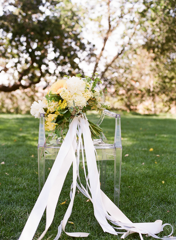 yellow-wedding-ideas-ALT-Flowers-Jill&Co-Wedding-14