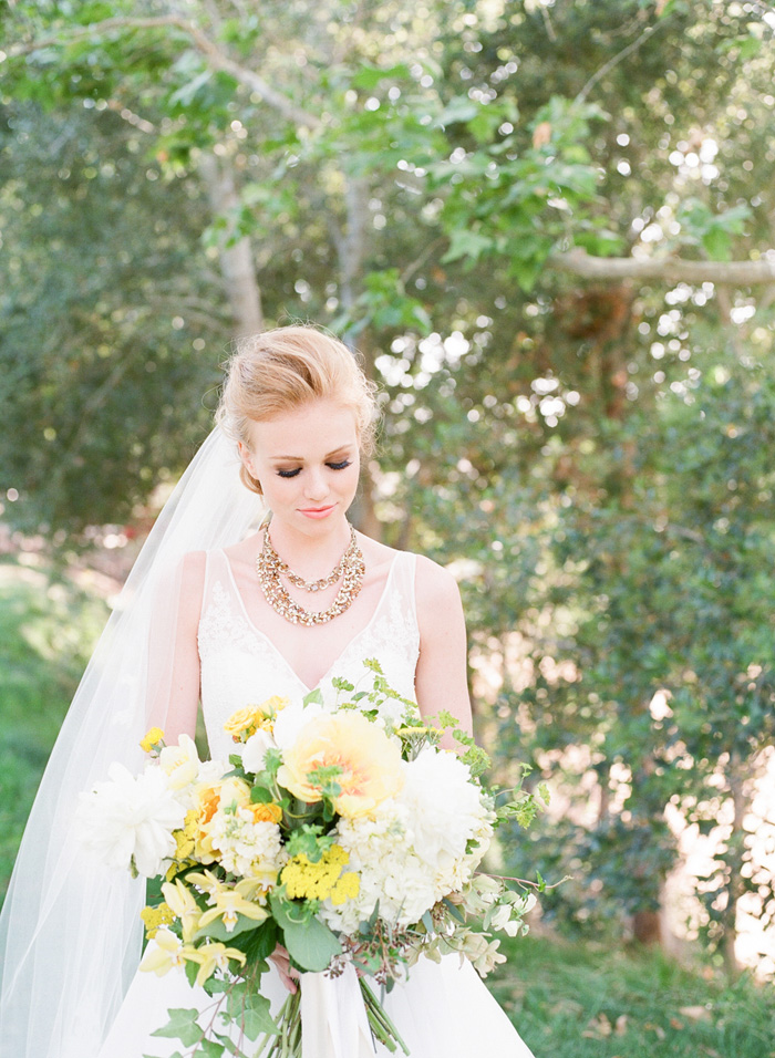 yellow-wedding-ideas-ALT-Flowers-Jill&Co-Wedding-15