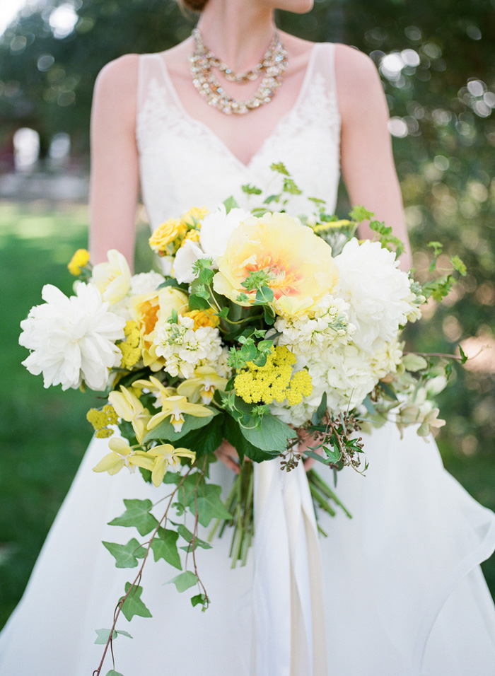yellow-wedding-ideas-ALT-Flowers-Jill&Co-Wedding-2