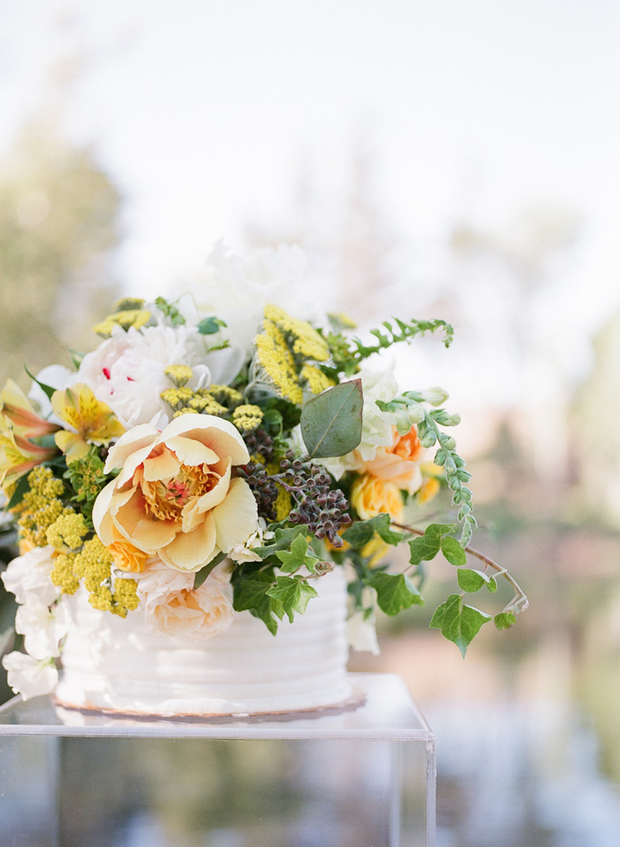 yellow-wedding-ideas-ALT-Flowers-Jill&Co-Wedding-6