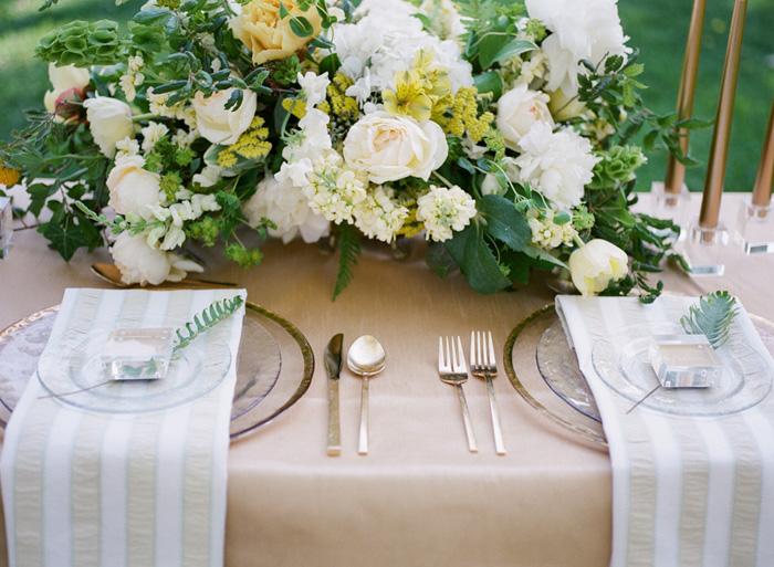 yellow-wedding-ideas-ALT-Flowers-Jill&Co-Wedding-9
