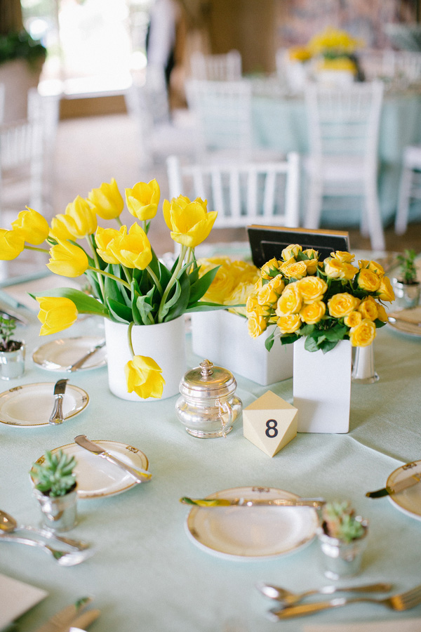 aqua-yellow-wedding-royal-oaks-country-club-15