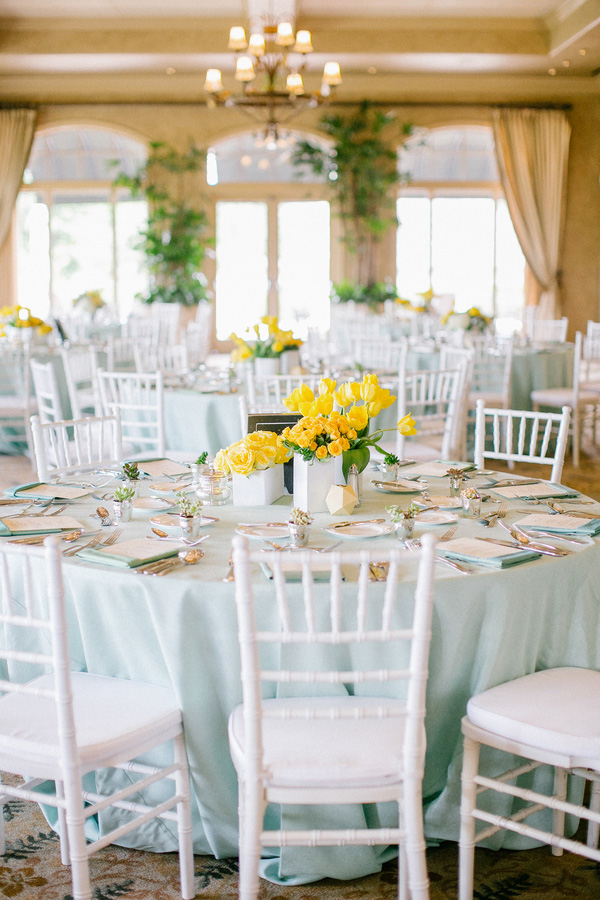 aqua-yellow-wedding-royal-oaks-country-club-17