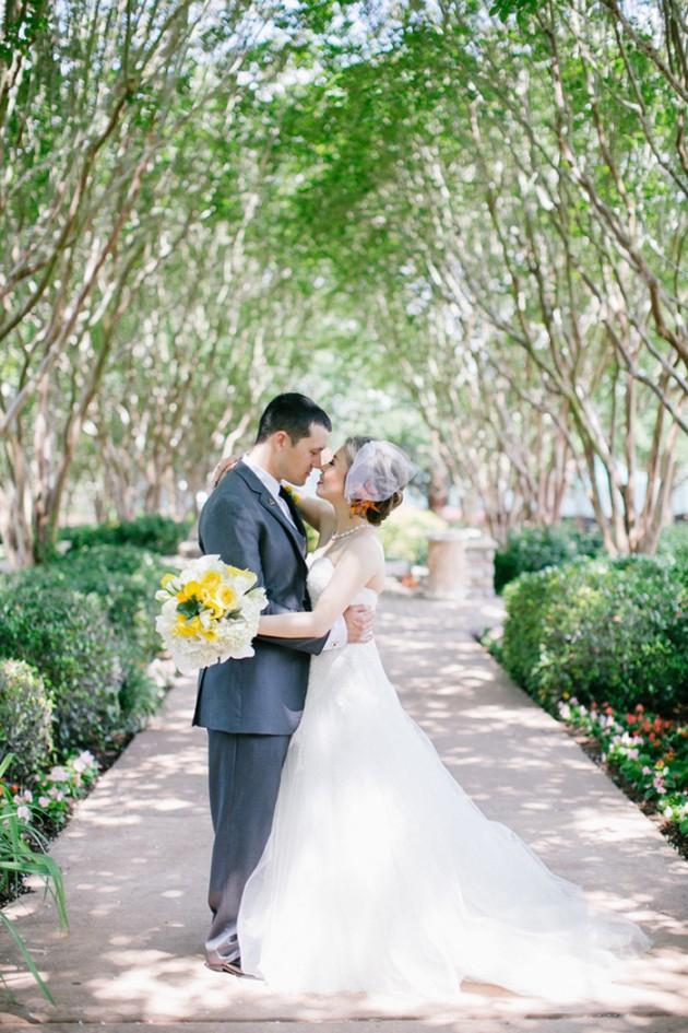 aqua-yellow-wedding-royal-oaks-country-club-21