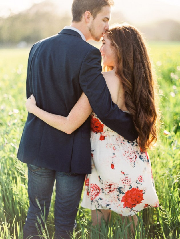 Wedding Blog Rebecca and Leightons Springtime Engagement