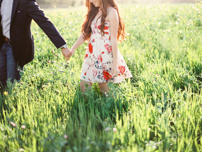 bright-spring-floral-field-engagement-6