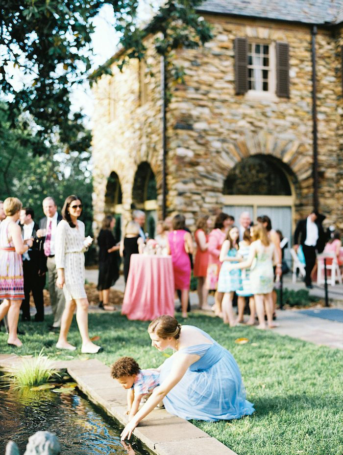 the-graylyn-estate-pale-blue-pink-wedding-perry-vaile-10