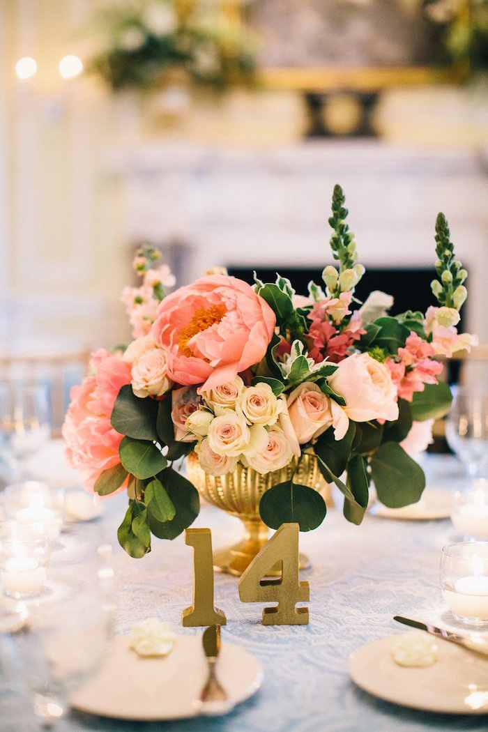the-graylyn-estate-pale-blue-pink-wedding-perry-vaile-19