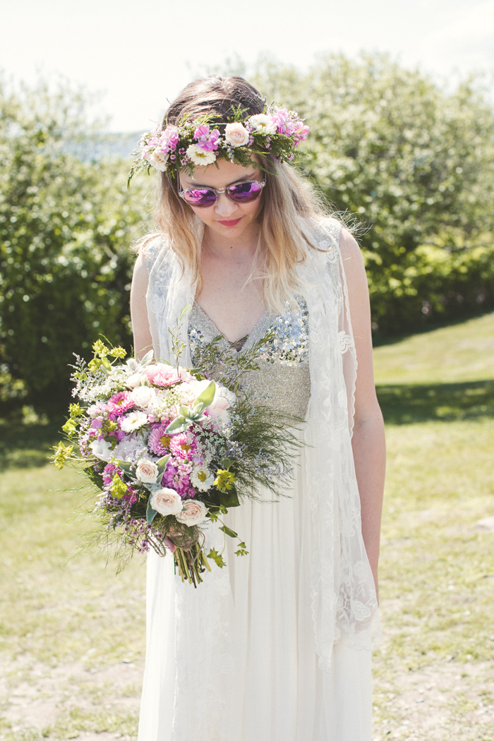 cape-cod-sophr-gardens-indie-boho-sequin-wedding-14