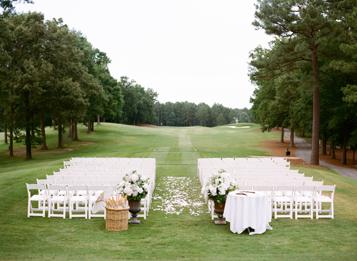 chapel-hill-country-club-white-blush-glam-estate-wedding-9