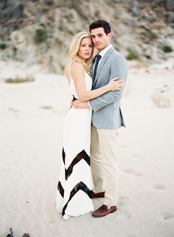stylish-beach-engagement-7