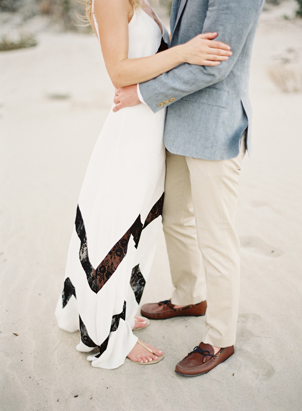 stylish-beach-engagement-9
