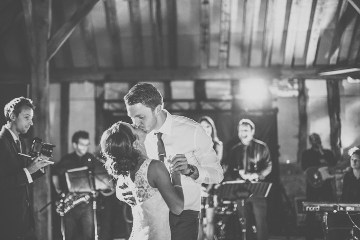 templars-barn-berkshire-england-rustic-country-diy-wedding-24