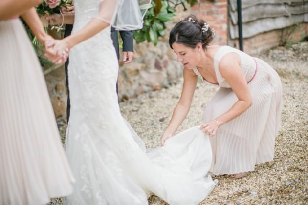 templars-barn-berkshire-england-rustic-country-diy-wedding-7