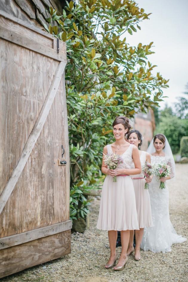 templars-barn-berkshire-england-rustic-country-diy-wedding-9