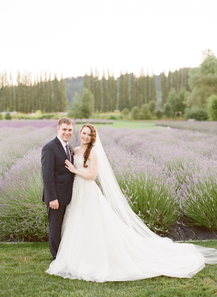 woodinville-lavender-farm-seattle-purple-wedding-1