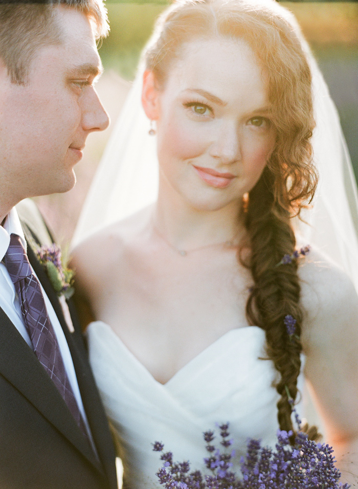 woodinville-lavender-farm-seattle-purple-wedding-9