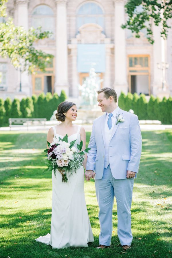 new-york-botanical-gardens-spring-wedding-blue-purple-13