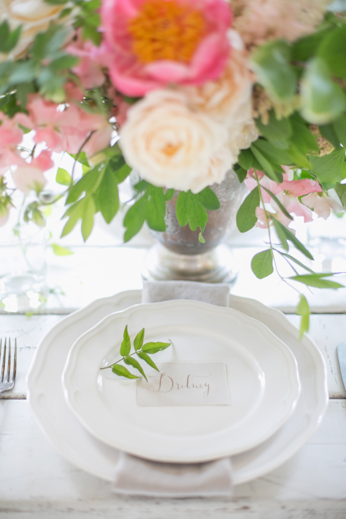 Lexi_Vornberg-floral-verde-peonies-pink-bridal-bouquet-14