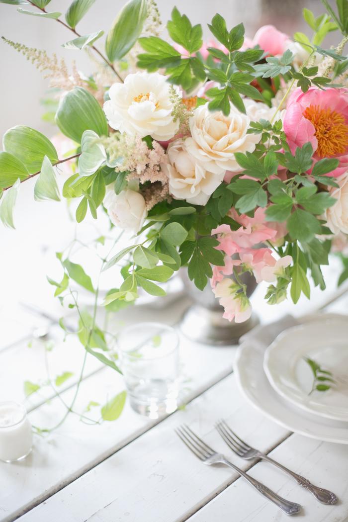 Lexi_Vornberg-floral-verde-peonies-pink-bridal-bouquet-6