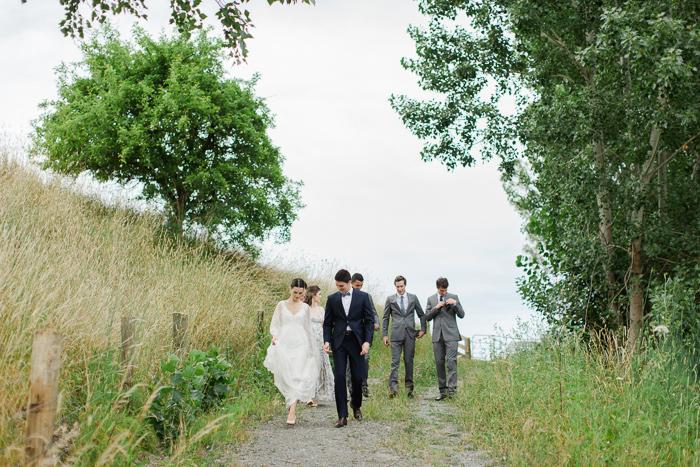 black-barn-vineyard-new-zealand-wedding-13