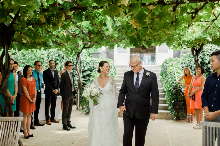 black-barn-vineyard-new-zealand-wedding-17