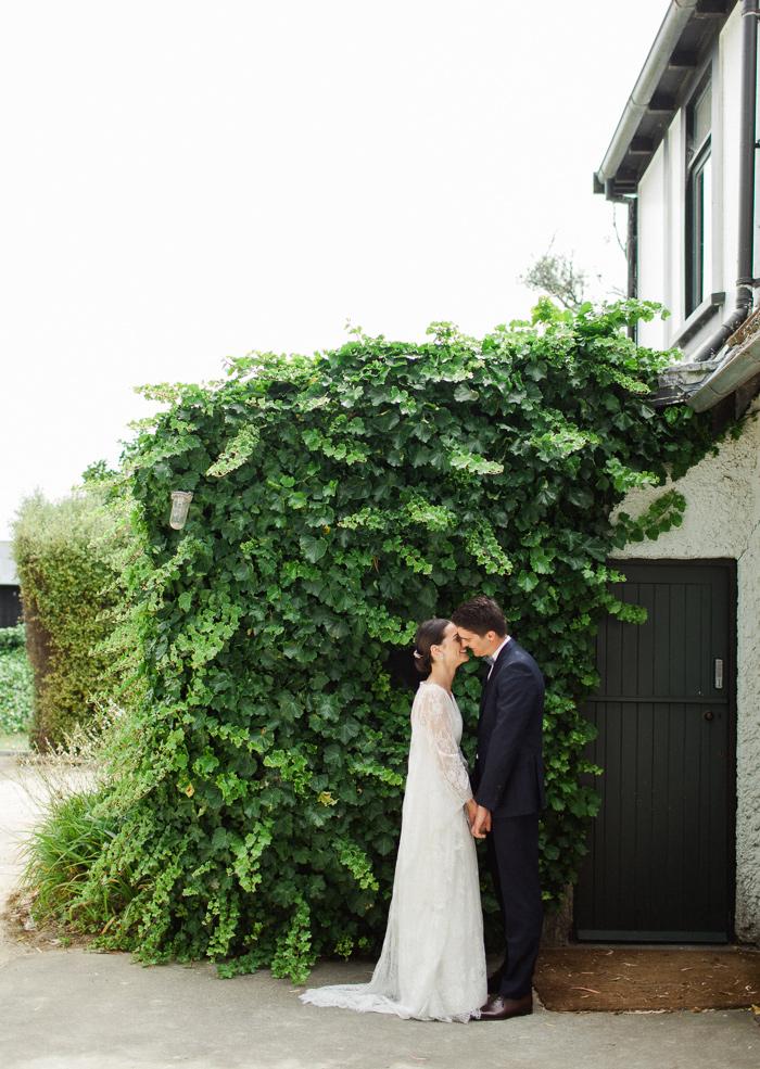 black-barn-vineyard-new-zealand-wedding-3
