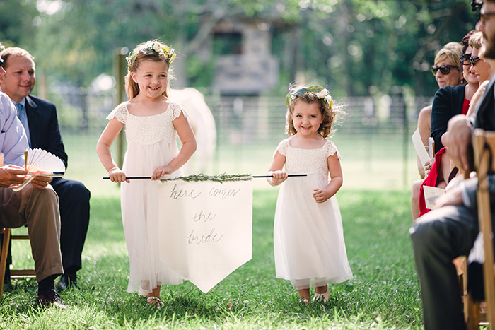 morgan-acres-diy-black-white-wedding-14