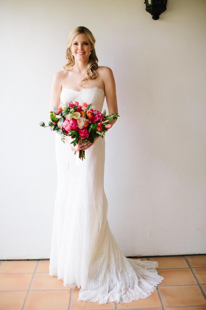 ojai-valley-inn-orange-pink-citrus-wedding-peonies-3