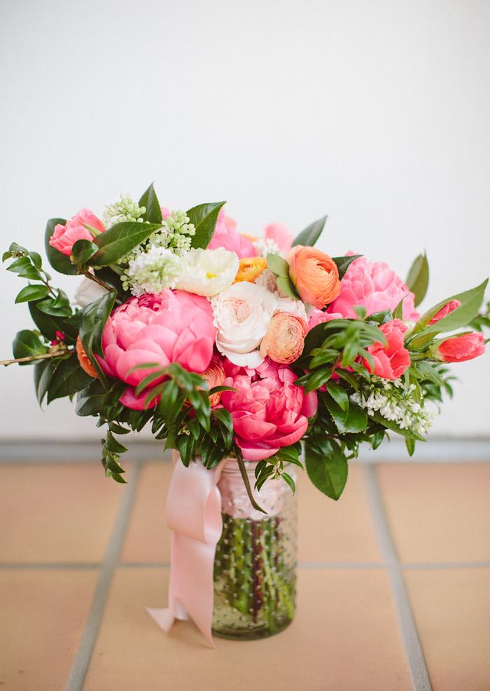 ojai-valley-inn-orange-pink-citrus-wedding-peonies-4