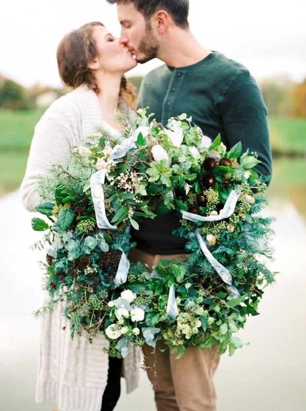 christmas-proposal-mrs-box-vintage-french-velvet-ring-box-engagement-gift-1