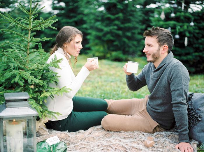 christmas-proposal-mrs-box-vintage-french-velvet-ring-box-engagement-gift-13