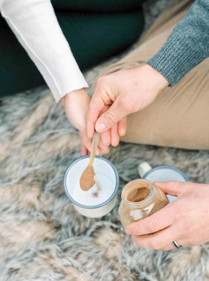 christmas-proposal-mrs-box-vintage-french-velvet-ring-box-engagement-gift-9