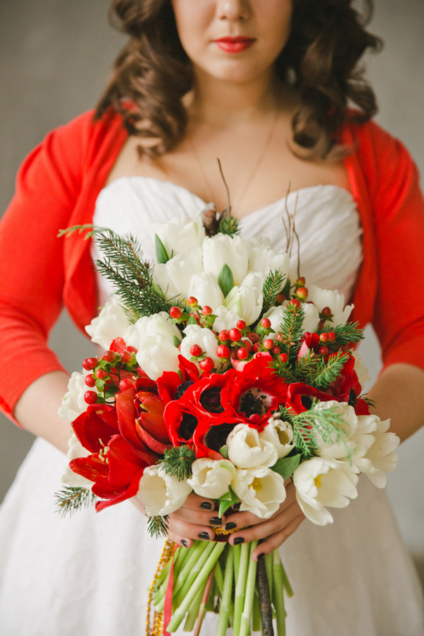 christmas-wedding-bouquet-and-ideas-1