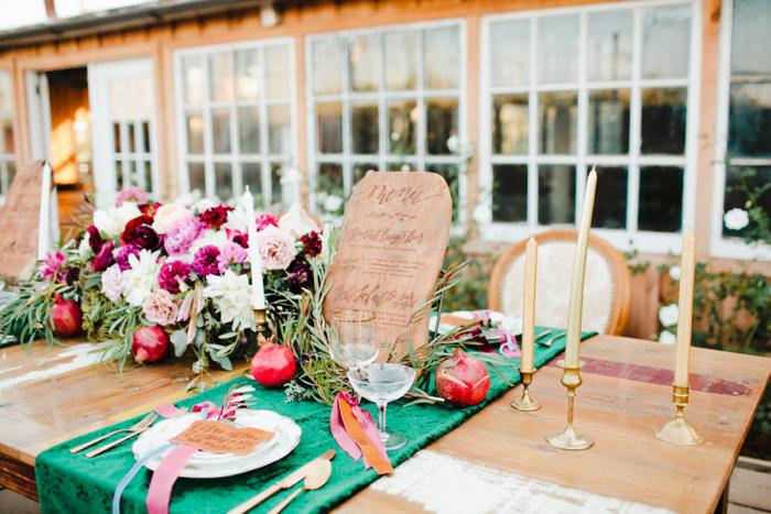 glam-holiday-wedding-ideas-inspiration-14