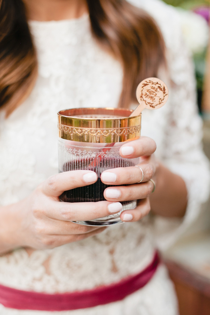glam-holiday-wedding-ideas-inspiration-4