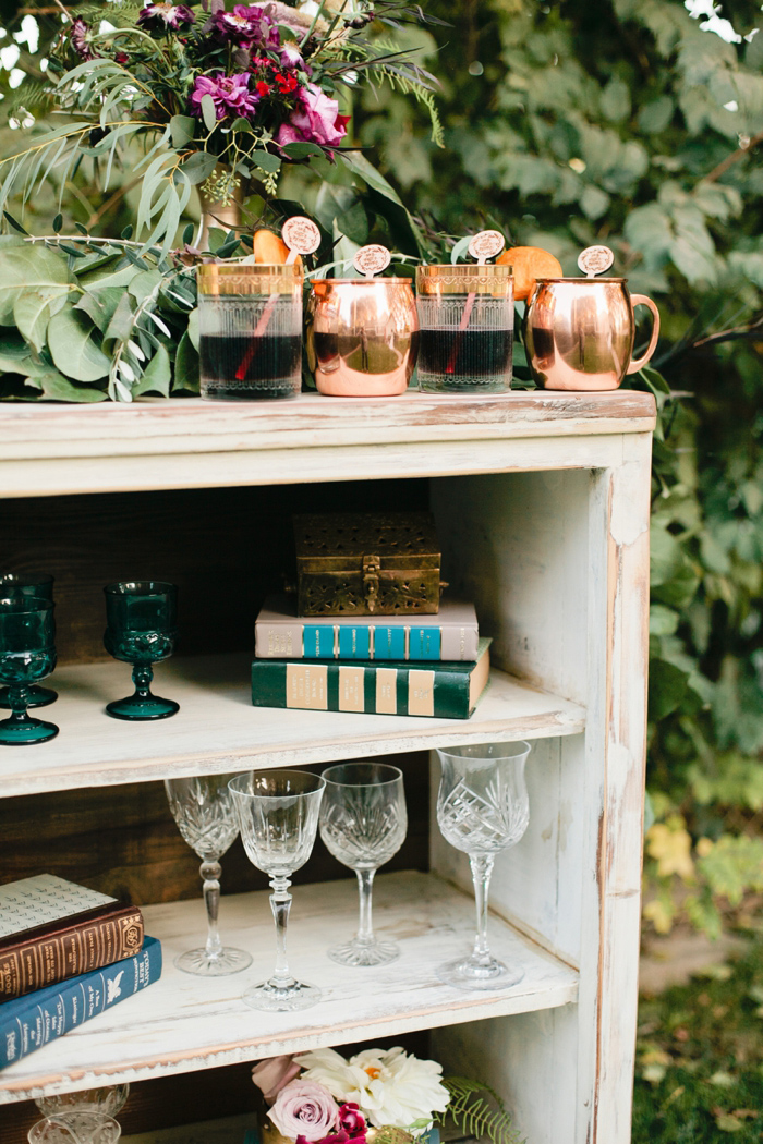 glam-holiday-wedding-ideas-inspiration-5